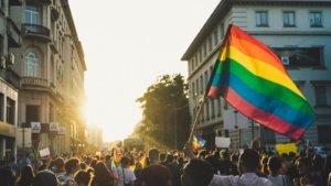 Promouvoir les droits humains